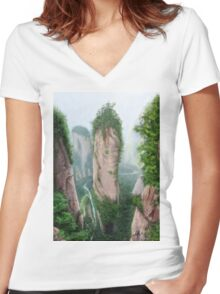 Canyon Women's Fitted V-Neck T-Shirt