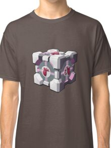 Companion cube has a heart Classic T-Shirt