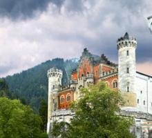 Neuschwanstein Castle - Bayerische Schlösserverwaltung Sticker