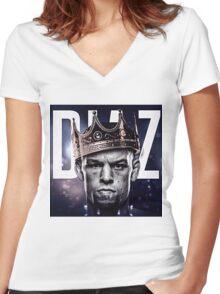 nate diaz Women's Fitted V-Neck T-Shirt