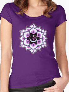 Crown Chakra Women's Fitted Scoop T-Shirt