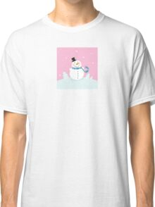 Christmas snowman on pink background. Cute snowman in christmas snowy nature. Vector cartoon illustration. Classic T-Shirt