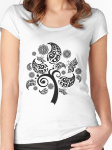 beautiful tree Women's Fitted Scoop T-Shirt