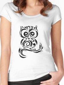 Black Owl Women's Fitted Scoop T-Shirt