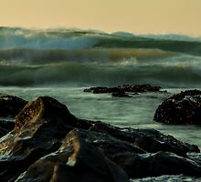 Early swell by chrisdot