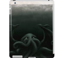 Cthulhu waits, dreaming iPad Case/Skin