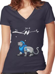 Derpkitty looks for birds Women's Fitted V-Neck T-Shirt