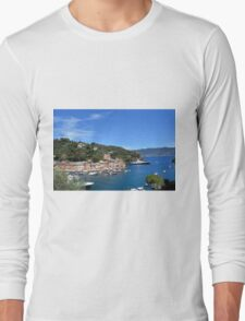 6 August 2016 Natural scenery with sea and yachts from Portofino vacation resort, an Italian fishing village, Genoa province, Italy. Long Sleeve T-Shirt