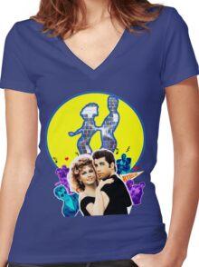 Grease Olivia Newton-John - John Travolta- Blue Moon Women's Fitted V-Neck T-Shirt