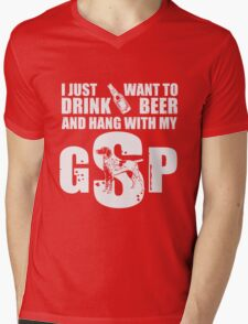 I just want to drink beer and to hang with my GSP art Mens V-Neck T-Shirt