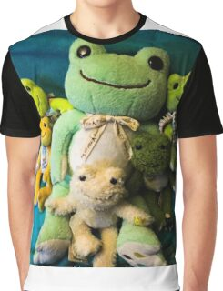 pickles frog family Graphic T-Shirt