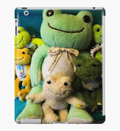 pickles frog family iPad Case/Skin