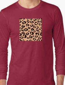 Leopard seamless texture. Animal skin background Long Sleeve T-Shirt