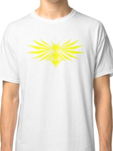 Yellow Bird - Team Instinct - Pokemon Classic T-Shirt