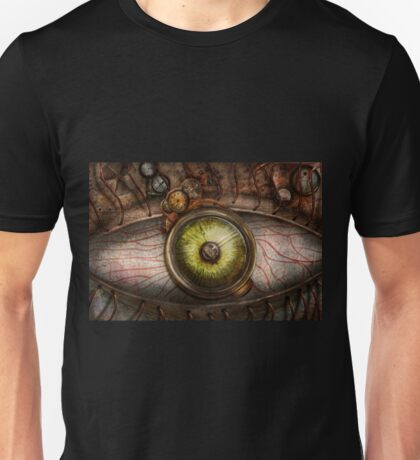 Steampunk - Creepy - Eye on technology  Unisex T-Shirt
