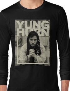 yung hurn Long Sleeve T-Shirt