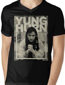 yung hurn Mens V-Neck T-Shirt