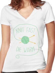 Knit fast. Die warm Women's Fitted V-Neck T-Shirt