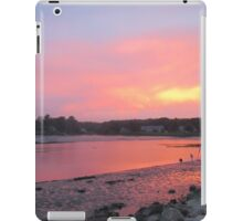 Sunset sky in Kennebunkport ME iPad Case/Skin