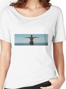 Girl by the Ocean Women's Relaxed Fit T-Shirt