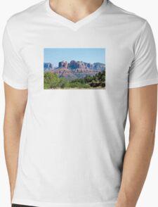 SUZANNES SEDONA 2 Mens V-Neck T-Shirt