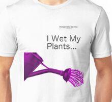 I wet my plants Mudgeeraba Mowing Unisex T-Shirt