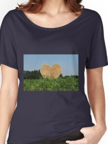 heart hay in the countryside Women's Relaxed Fit T-Shirt