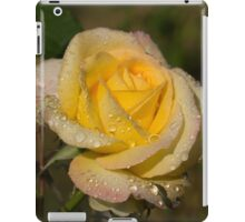 Golden Yellow Sparkles - a Fresh Rose With Dewdrops iPad Case/Skin