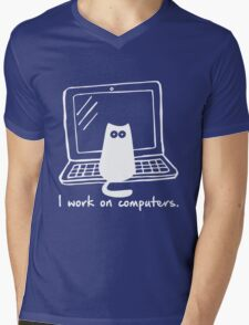 I work on computers Mens V-Neck T-Shirt