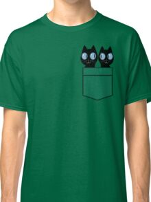 CUTE BLACK CATS IN GREEN POCKET Classic T-Shirt