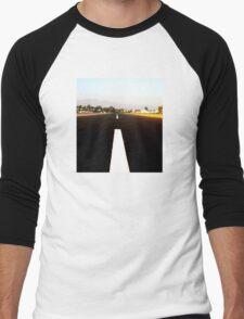 Runway Men's Baseball ¾ T-Shirt