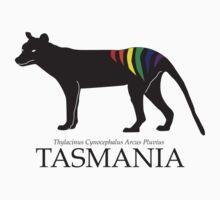Rainbow Thylacine, Tasmania (light colour version) T-Shirt