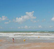 Beach scene  by Boris TAIEB