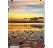 Pwhelli Sunrise 2 iPad Case/Skin