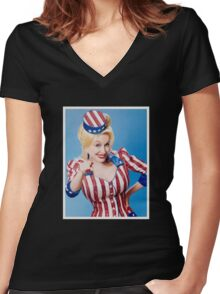 Parton Wants You Women's Fitted V-Neck T-Shirt