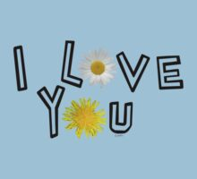 I love you in greenery Kids Tee