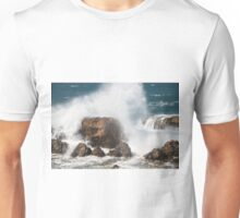 Waves on the rocks - 0136521 Unisex T-Shirt