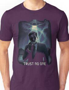 Trust no one - Cigarette Smoking Man Unisex T-Shirt