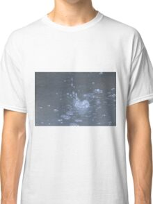 water in the fountain Classic T-Shirt