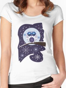 Cute Snow Owl on branch & decorative Snowflakes Women's Fitted Scoop T-Shirt