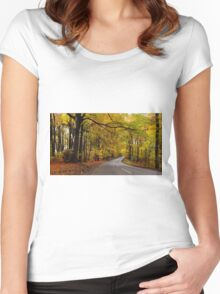 Cotswold Gold Women's Fitted Scoop T-Shirt