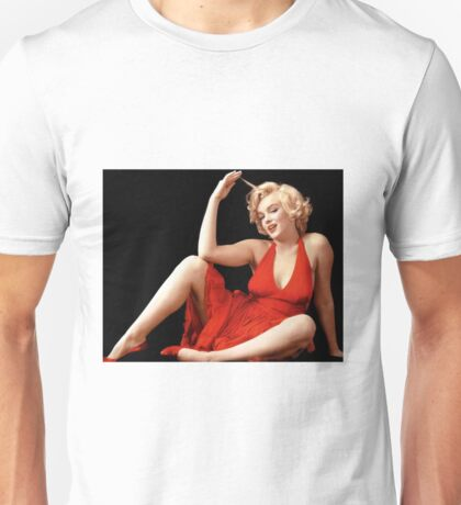 """MARILYN MONROE"" In A Red Dress Print Unisex T-Shirt"
