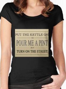 Coronation Street Fan Women's Fitted Scoop T-Shirt