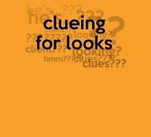 [Sherlock] - Clueing for Looks  T-Shirt
