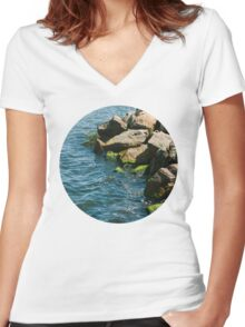 Sea Rocks Women's Fitted V-Neck T-Shirt