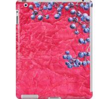 Wild grapes on crumpled texture iPad Case/Skin