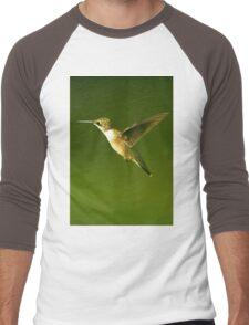 Female Hummer Up Close In Flight Men's Baseball ¾ T-Shirt