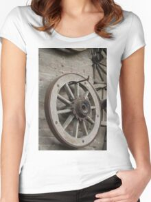Old wooden wheel Women's Fitted Scoop T-Shirt