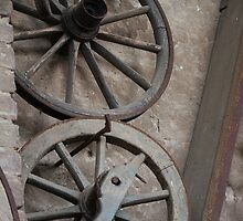 Old wooden wheel by spetenfia