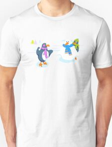 Penguins snowball fight T-Shirt